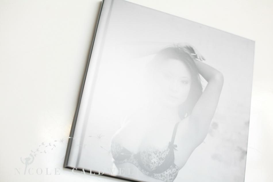 boudoir_album_photography_nicole_caldwell0004