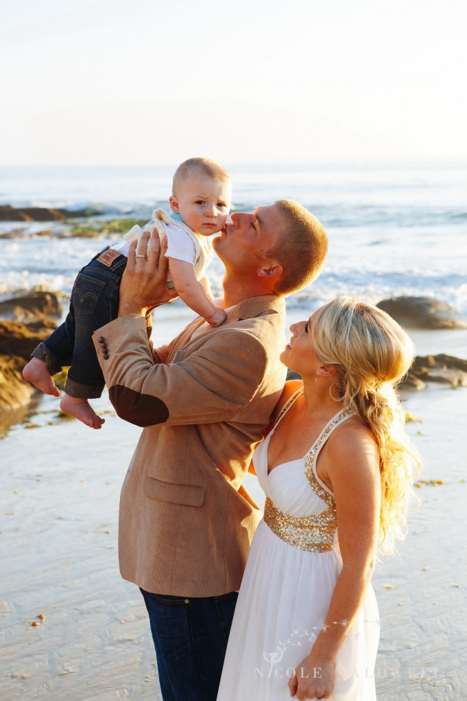 laguna beach family photographer nicole caldwell crystal cove 1