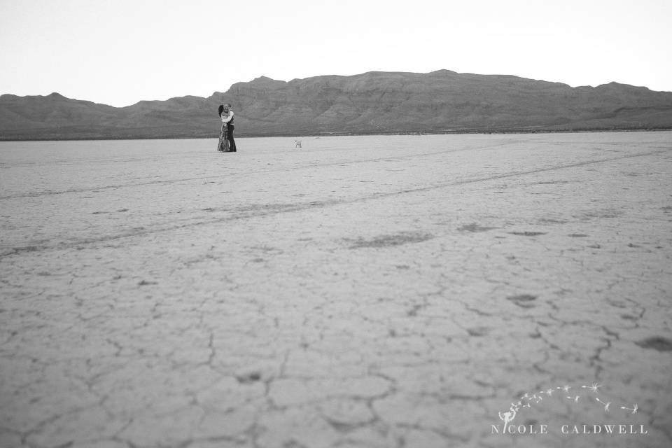 engagement_desert_nevada_photo_by_nicole_caldwell16
