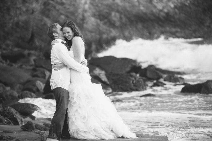 trash_the_dress_laguna_beach_wedding_photo_by_nicole_caldwell04