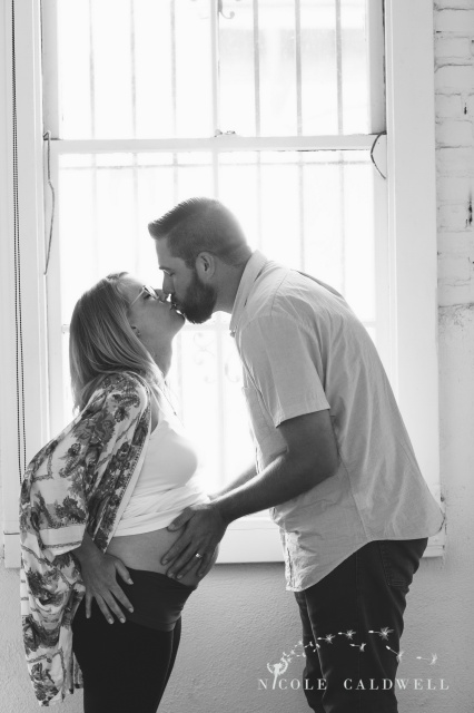 318MATERNITY PHOTOS  ORANGE COUNTY NICOLE CALDWELL