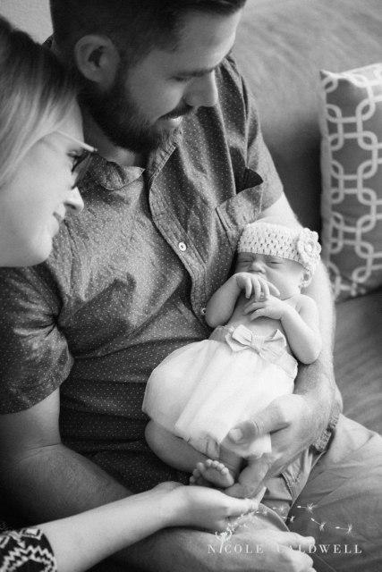 in-home-newborn-photography-by-Nicole-Caldwell-02