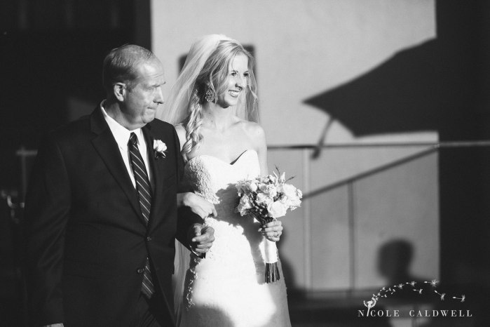 surf-and-sand-weddings-laguna-beach-nicole-caldwell-photography-19