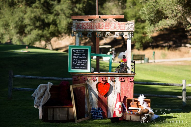 temecula creek inn wedding photographer stone house kissing booth