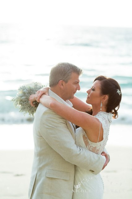 41_pacifc_edge_hotel_weddings_laguba_beach_nicole_caldwell