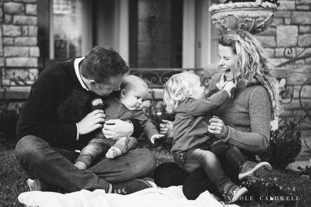 FAMILY PHOTOGRAY BY NICOLE CALDWELL 09