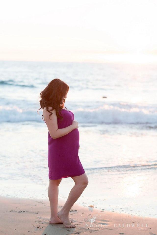 laguna-beach-maternity-photos-by-nicole-caldwell-05