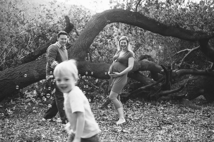 maternity photos in the park by oc photographer nicole caldwell 02