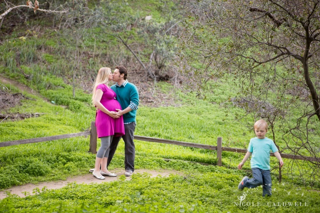 maternity photos in the park by oc photographer nicole caldwell 11