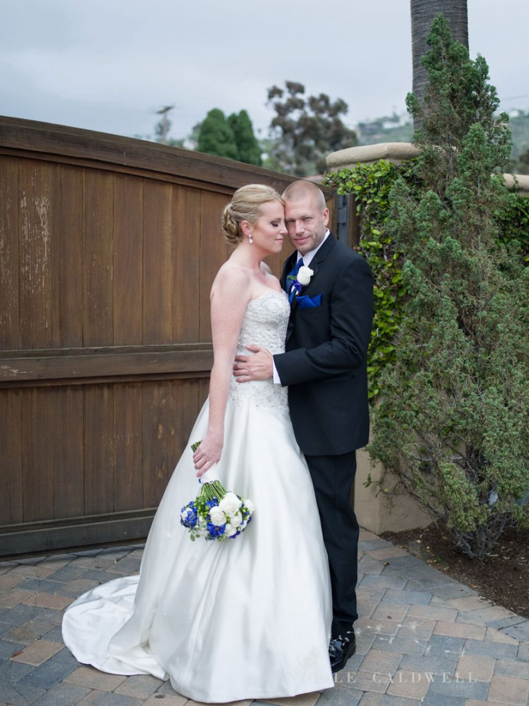 wedding-photographed-with-the-pentax-645z-at-the-surf-and-sand-laguna-beach-17