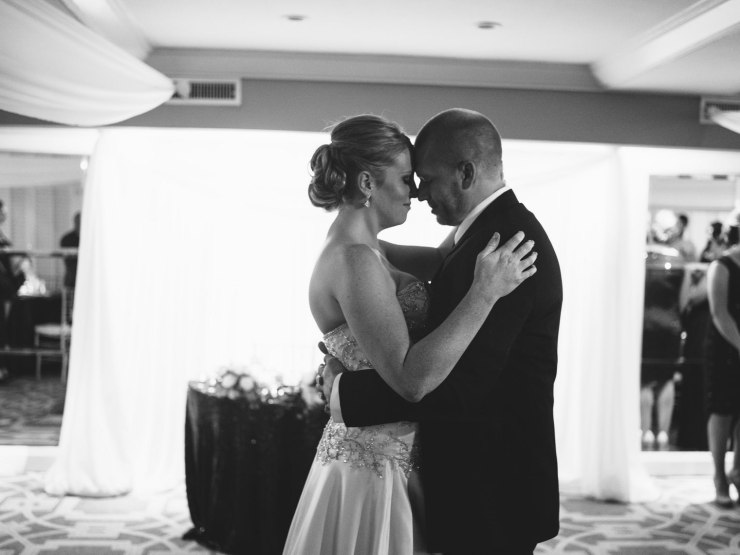 wedding-photographed-with-the-pentax-645z-at-the-surf-and-sand-laguna-beach-68
