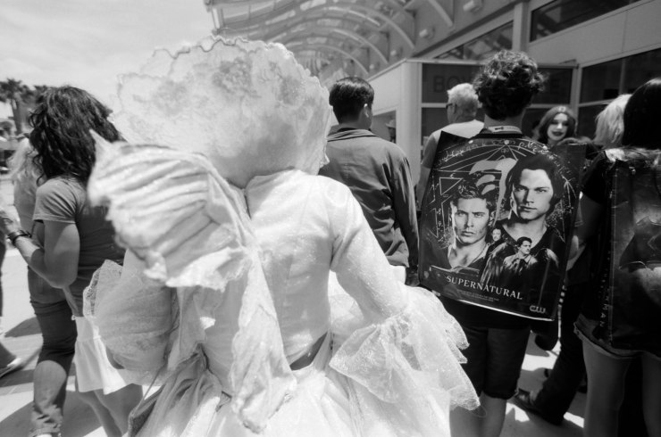 comic-con-san-diego-black-and-white-film-photographs-Nicole-Caldwell-28