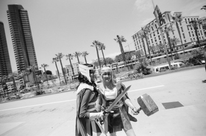 comic-con-san-diego-black-and-white-film-photographs-Nicole-Caldwell-32