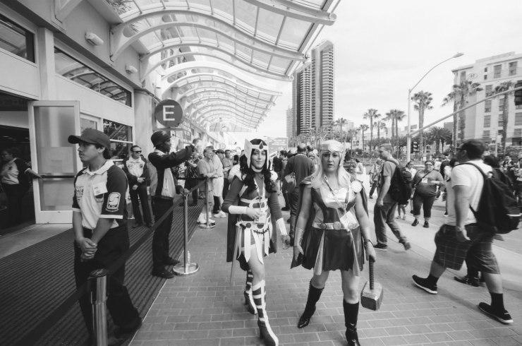 comic-con-san-diego-black-and-white-film-photographs-Nicole-Caldwell-41