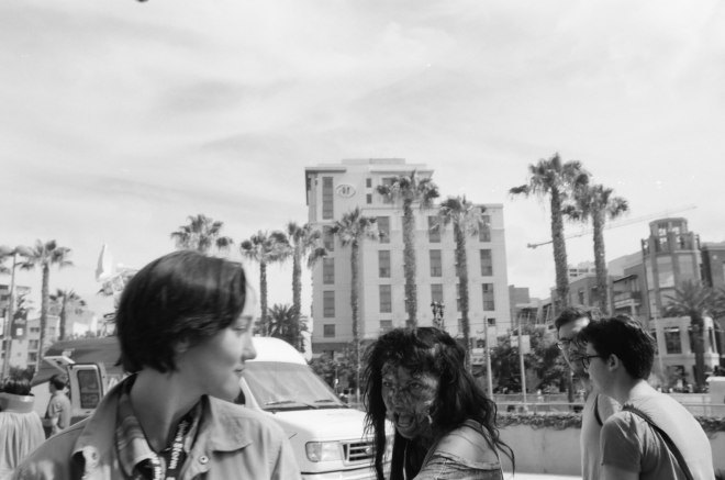 comic-con-san-diego-black-and-white-film-photographs-Nicole-Caldwell-a03
