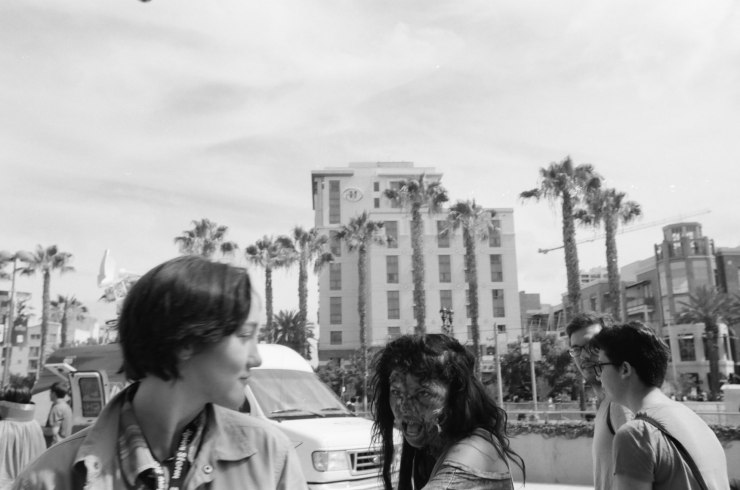 comic-con-san-diego-black-and-white-film-photographs-Nicole-Caldwell-a03
