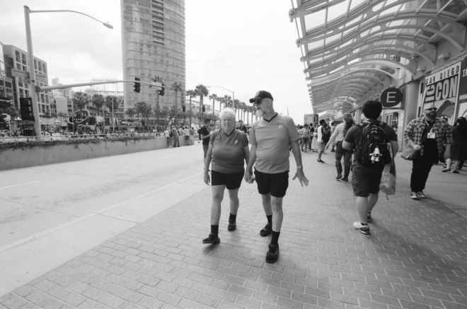 comic-con-san-diego-black-and-white-film-photographs-Nicole-Caldwell-a20