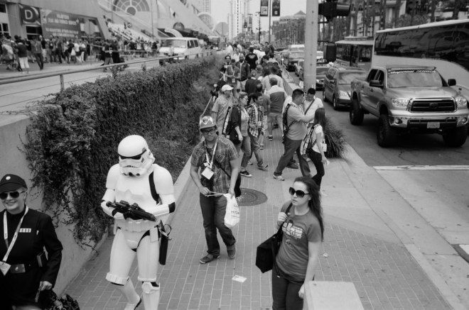 comic-con-san-diego-black-and-white-film-photographs-Nicole-Caldwell-a27