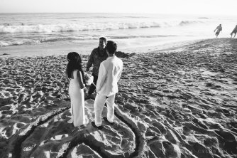 laguna-beach-elopements-weddings-at-the-surf-and-sand-resort-17