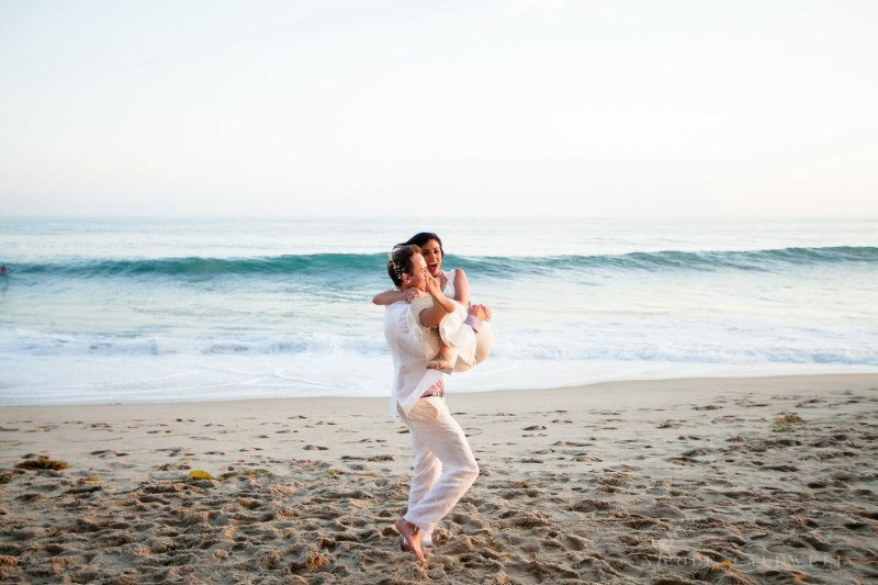 laguna-beach-elopements-weddings-at-the-surf-and-sand-resort-42