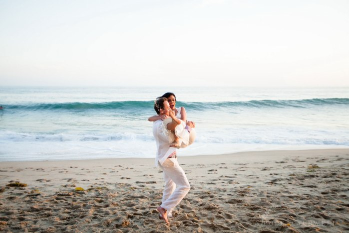 laguna-beach-elopements-weddings-at-the-surf-and-sand-resort-42