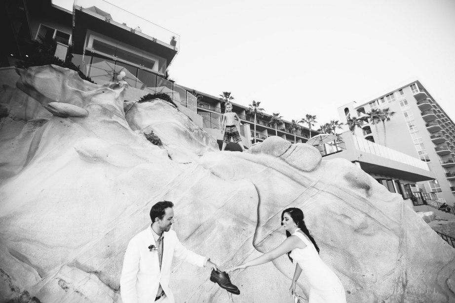 laguna-beach-elopements-weddings-at-the-surf-and-sand-resort-46