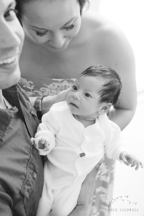 newborn-photography-in-the-home-by-nicole-caldwell-01