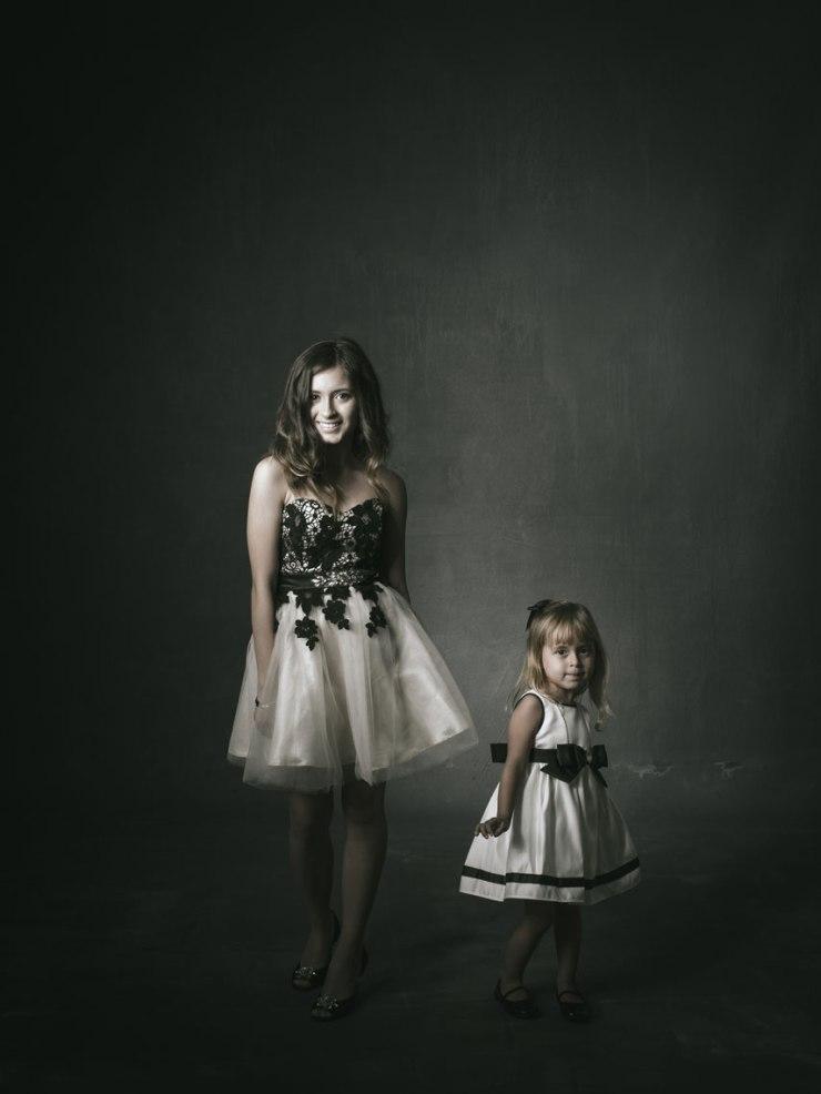 photography-studio-formal-famliy-photographs-nicole-caldwell-07