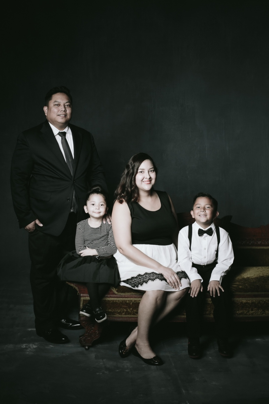 top oramge county photography studio for family photographs 16