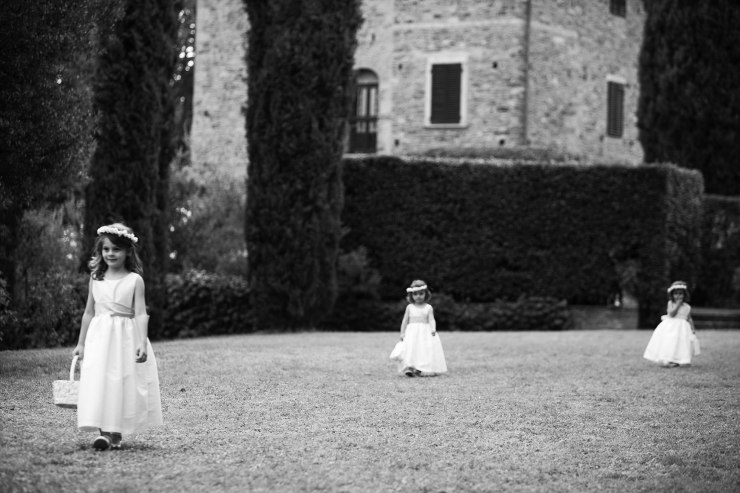 Tuscany_wedding_italy_destination_photographer_nicole_caldwell15