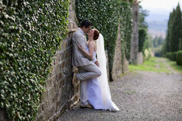Tuscany_wedding_italy_destination_photographer_nicole_caldwell22