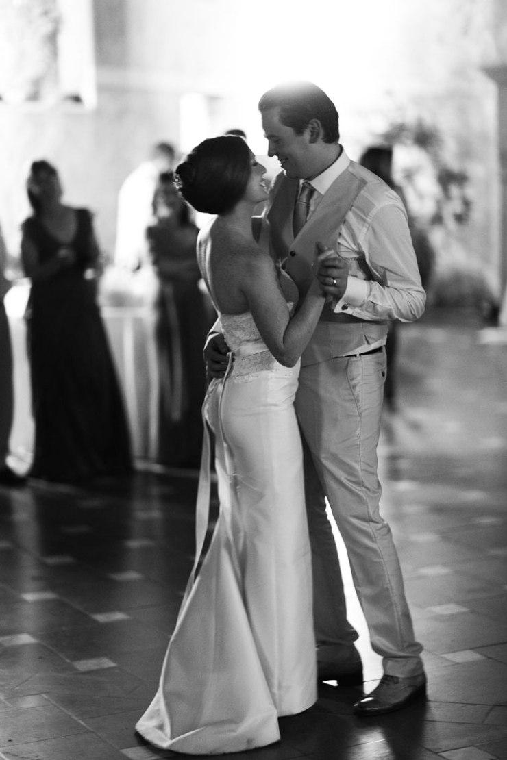 Tuscany_wedding_italy_destination_photographer_nicole_caldwell31
