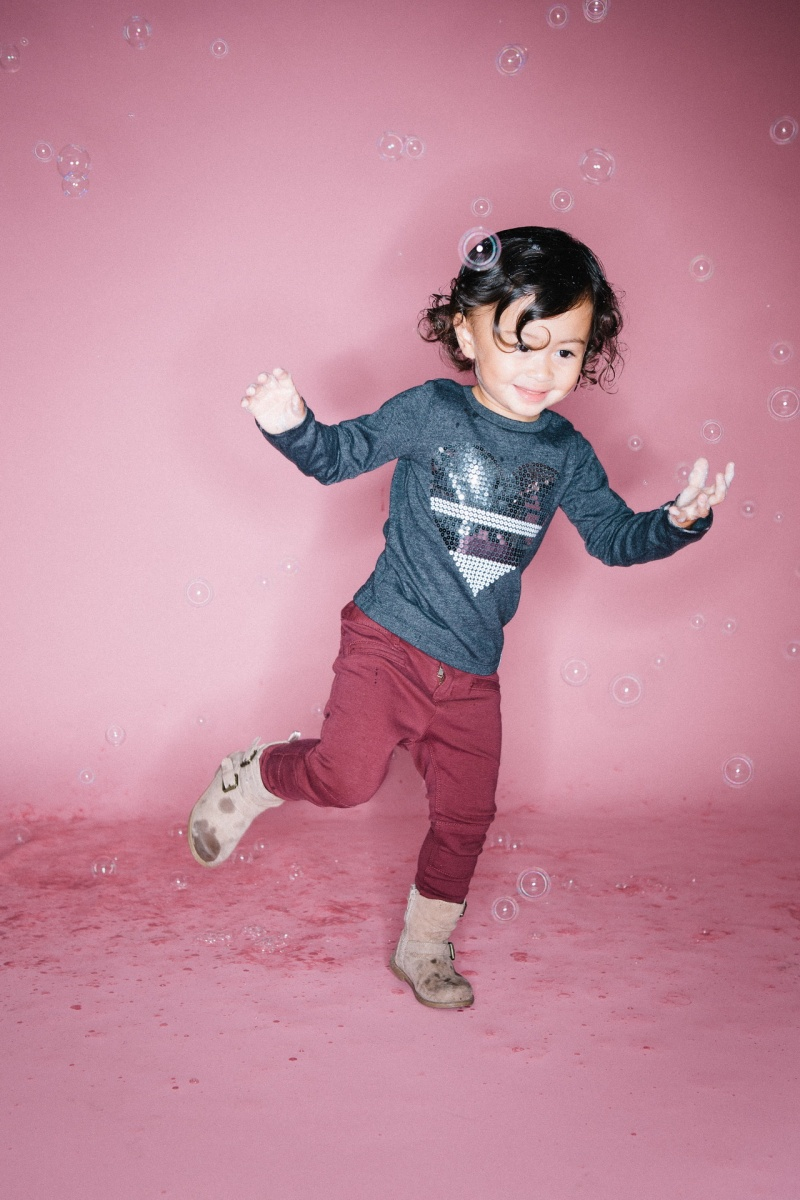 kids in bubbles photography studio nicole caldwell 10