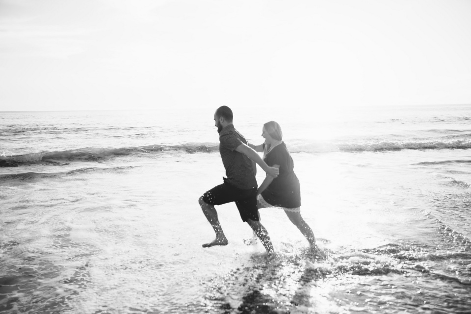 suprise proposal photography laguna beach nicole caldwell studio24