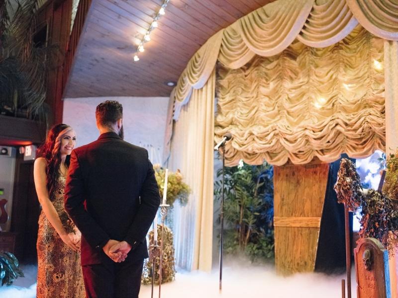 las vegas elopment photographer nicole caldwell viva las vegas weddings dracula 22
