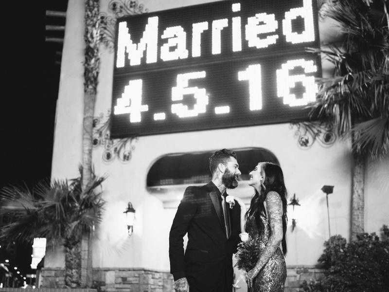 las vegas elopment photographer nicole caldwell viva las vegas weddings dracula 26