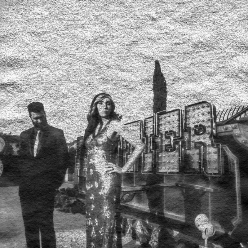 las vegas elopment photographer nicole caldwell viva las vegas weddings dracula 26awashia