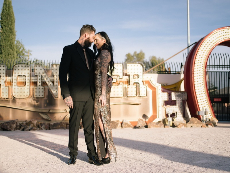las vegas engagement shoot neon museum boneyard by nicole caldwell 02
