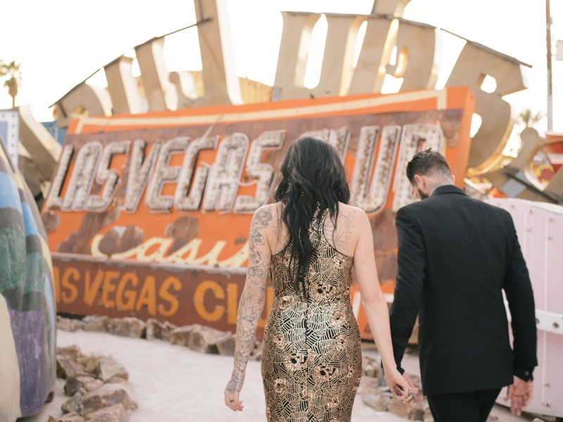 las vegas engagement shoot neon museum boneyard by nicole caldwell 08
