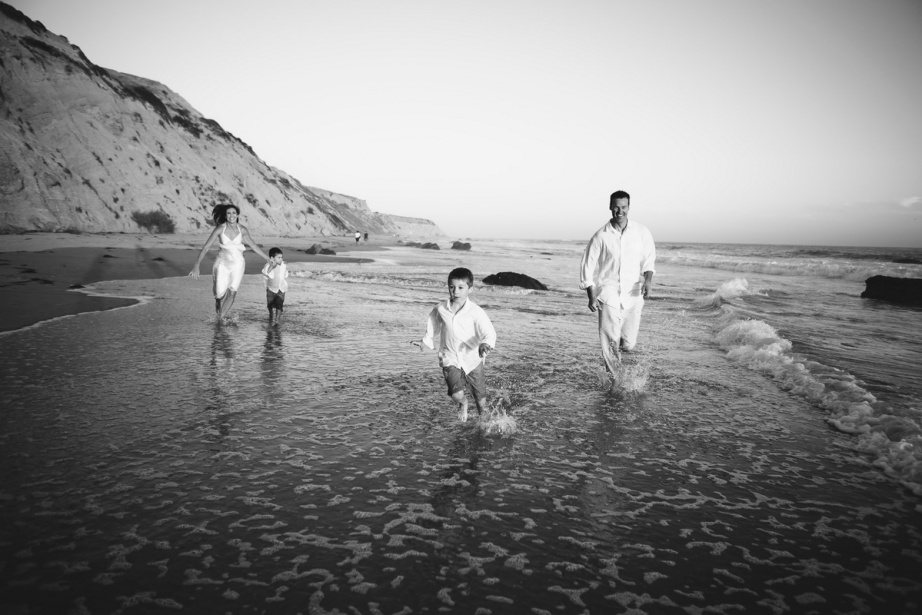 laguna becah family photography at crystal cove state park by nicole caldwell 31