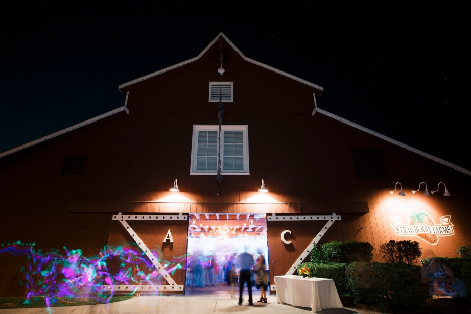 weddings-at-strawberry-farms-barn-nicole-caldwell-photo-14